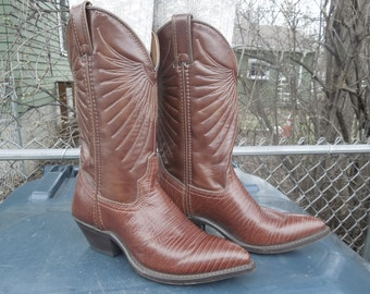 Vintage Laredo Boots Leather Cowboy Boots Womens Size 5 M  Brown Like New Made in USA