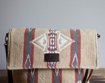 Crossbody Purse, Crossbody Bag, Womens Messenger Bag, Crossbody Minimalist, Handmade, Leather,