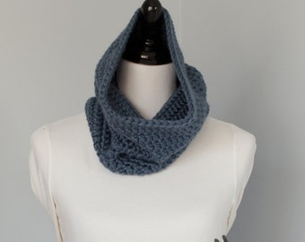 Chunky Crocheted Neckwarmer Cowl - The Dahlem