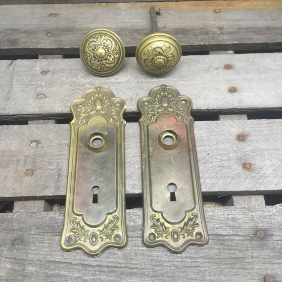 Antique 1920s door hardware for 1920 door knobs
