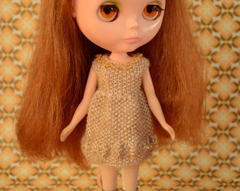 Blythe doll sized pearlised spft gold dress with beadwork and unusual knit Neo Blythe Licca Pullip Licca Dal