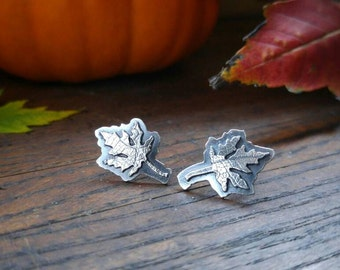 Maple Leaf Sterling Silver Earrings. Leaf Patterned Oxidized Silver Post Earrings. Layered Silver. Nature Inspired. Autumn Earrings.