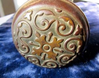Ornate Brass Double Doorknob - Victorian Brass -