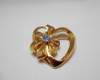 Vintage Avon Heart & Bow Brooch (7126) December Birthstone--Blue Topaz