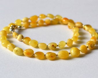Simple Amber Necklace / White Yellow Baltic Amber Jewelry / Natural Amber