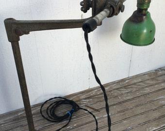 Vintage OC White Industrial Machine Age Articulating Shop Task Light