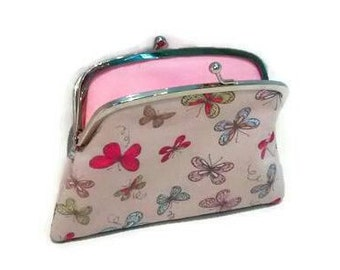 Butterfly wallet with kiss clasp, beige coin purse with divider and 2 compartments in pink polka dots