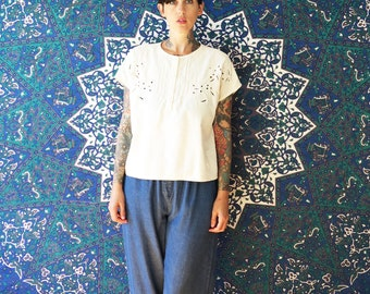 80s vintage white embroidered loose crop blouse// small medium