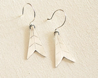 Recycled silver earrings in an arrow angled art deco shape with markings - Normandie Earrings
