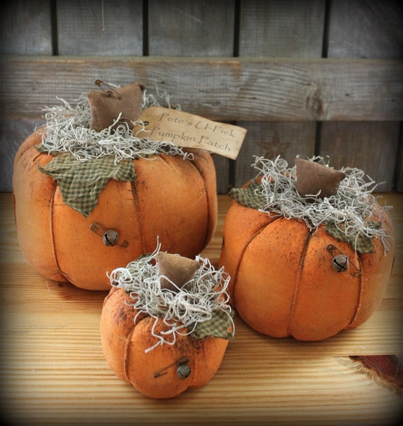 Primitive Fabric Pumpkins, Halloween Decor, Thanksgiving Decor, Fall Decor, Harvest