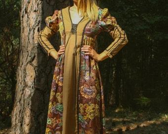 GUNNE SAX Black Label 1960s 1970s Vintage Floral Tapestry Renaissance Maxi Gown / Dress