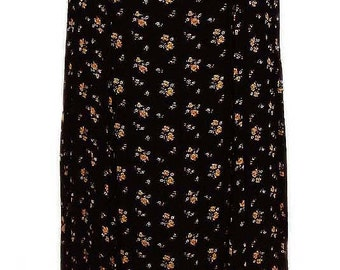 Black Floral Dress with Short Sleeves and Criss Cross Bodice 70's Vintage - Size Medium