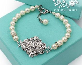 Wedding Bracelet Swarovski Pearl Swarovski Crystal Rhinestone Bracelet Bridal Bracelet Wedding Jewelry Bridesmaid Bracelet rhombus