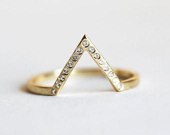 the prettiest engagement rings curated by weddingbells on etsy - Prettiest Wedding Rings