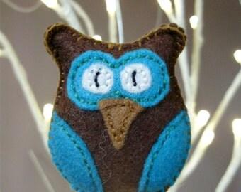 Felt Owl Brooch, teal owl, owl brooch, felt owl, felt brooch, fabric owl brooch, woodland owl, felt jewelry, woodland brooch - Tamara Harris