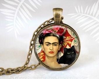 Frida Kahlo Pendant, Photo Glass Pendant, Frida Kahlo Necklace, Famous Artist, Frida Kahlo, Black Cat, Frida Gift,