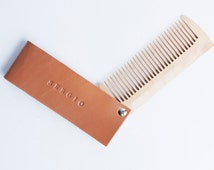 Personalized wooden hair comb in leather pocket. Wedding hair comb. Bridal hair comb. Bear comb. Personalized beard comb.