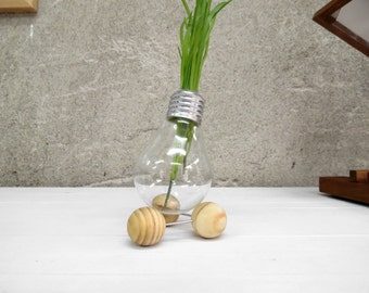 Tetra, upcycled tripod triple sphere creative decor lightbulb vase plant holder made of recycled light bulb with wooden stand gift, Paladim