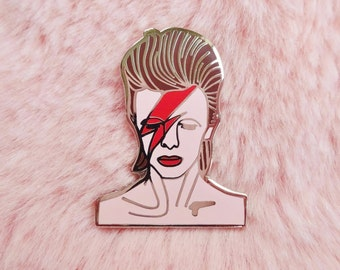 David Bowie Ziggy Stardust Aladdin Sane Jareth Goblin King 80s Pin Badge Brooch