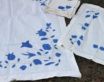 Vintage 1960s Tablecloths And Napkins Set / Blue Tulip Square Tablecloths / Two Tablecloths Six Napkins Fine Linens / Table Linen