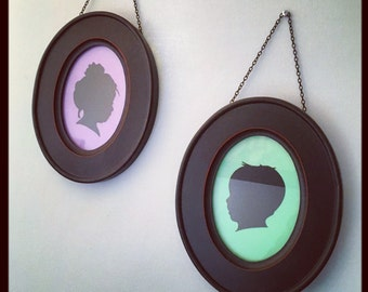 Custom Hand Cut Victorian Silhouette in 5x7 Aged Black Oval Frame