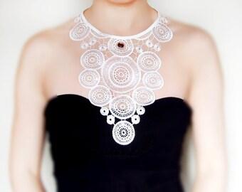 white / black lace collar necklace // statement bib necklace // choker art deco vintage retro/ Lace Jewelry Body Jewelry/ Lace Fashion