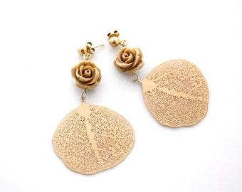 Gold plated brass earrings resin flowers