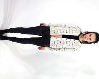 Vintage Knit Short Cardigan / Vintage Sweater / Button Down Sweater / Floral  Cardigan  / Warm Cardigan / Size M