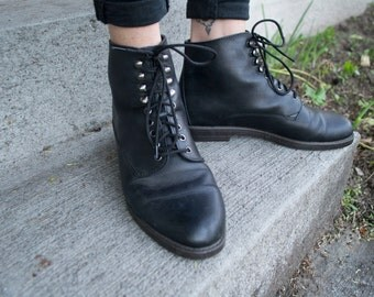 Black Leather Ankle Boots Lace Up Size 7 1/2