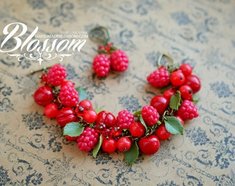 Red berries bracelet, Red berry jewelry set, Fimo berries, clay berry, strawberry earrings
