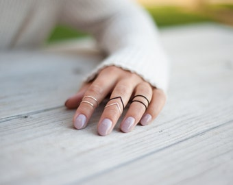 Midi Rings // Stacking Rings // Above Knuckle // Black and Light Silver Set of 6