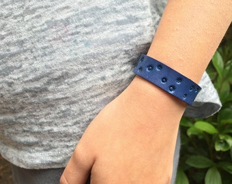 Kids leather diffuser bracelet - tooled design on leather - personal diffuser bracelet for aromatherapy - you pick the color!