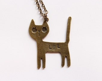 "Necklace ""LOLCAT"" hit - chat"