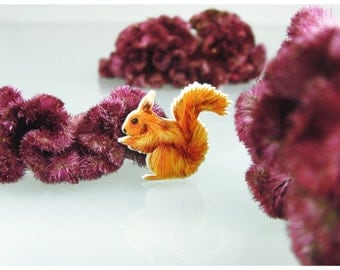 Squirrel, Squirrel brooch, animal brooch, drawing jewelry,Squirrel jewelry, red-brown squirrel