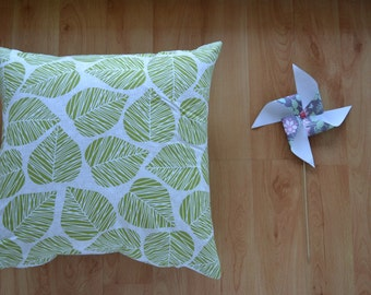45 x 45cm Cushion Cover | GREEN LEAVES | Free Shipping to Australia