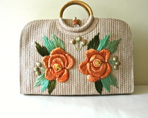 Large rafia flower tote with bamboo handle.  Summer purse.