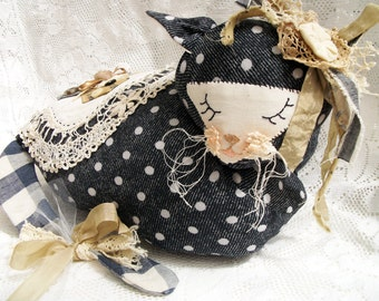 Shabby Chic Kitty Cat Cushion/Pillow,  Sleeping, with vintage doiley patch decoration