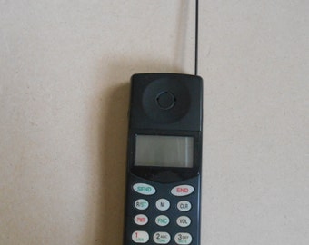Vintage 90s Cell Phone  Audiovox MVX- 430 For Parts or Prop