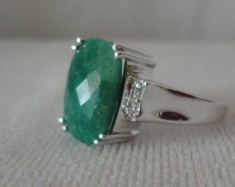 Stunning Faceted Emerald Silver Ring*******.