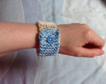 Fashion Bracelet, Fashion Cuff, Bracelet Cuff, Yarn Wrist Cuff, Hand Knit Bracelet, Hand Knit Jewelry, Yarn Jewelry, Gift for Her