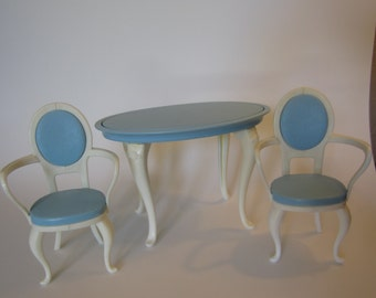 1996 Barbie Dining Room Table and 2 Chairs