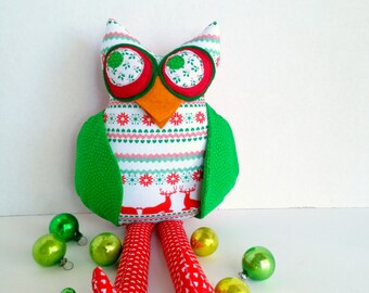 Owl decoration, Christmas owl, Plush owl toy,Fabric owl doll, Red green owl, Stuffed animal owl, Cloth patchwork owl, Holiday owl softie