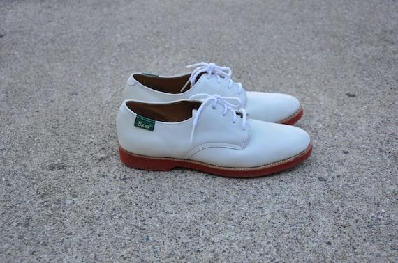 White Nubuck Oxfords / Vintage Suede Shoes / Women Saddle