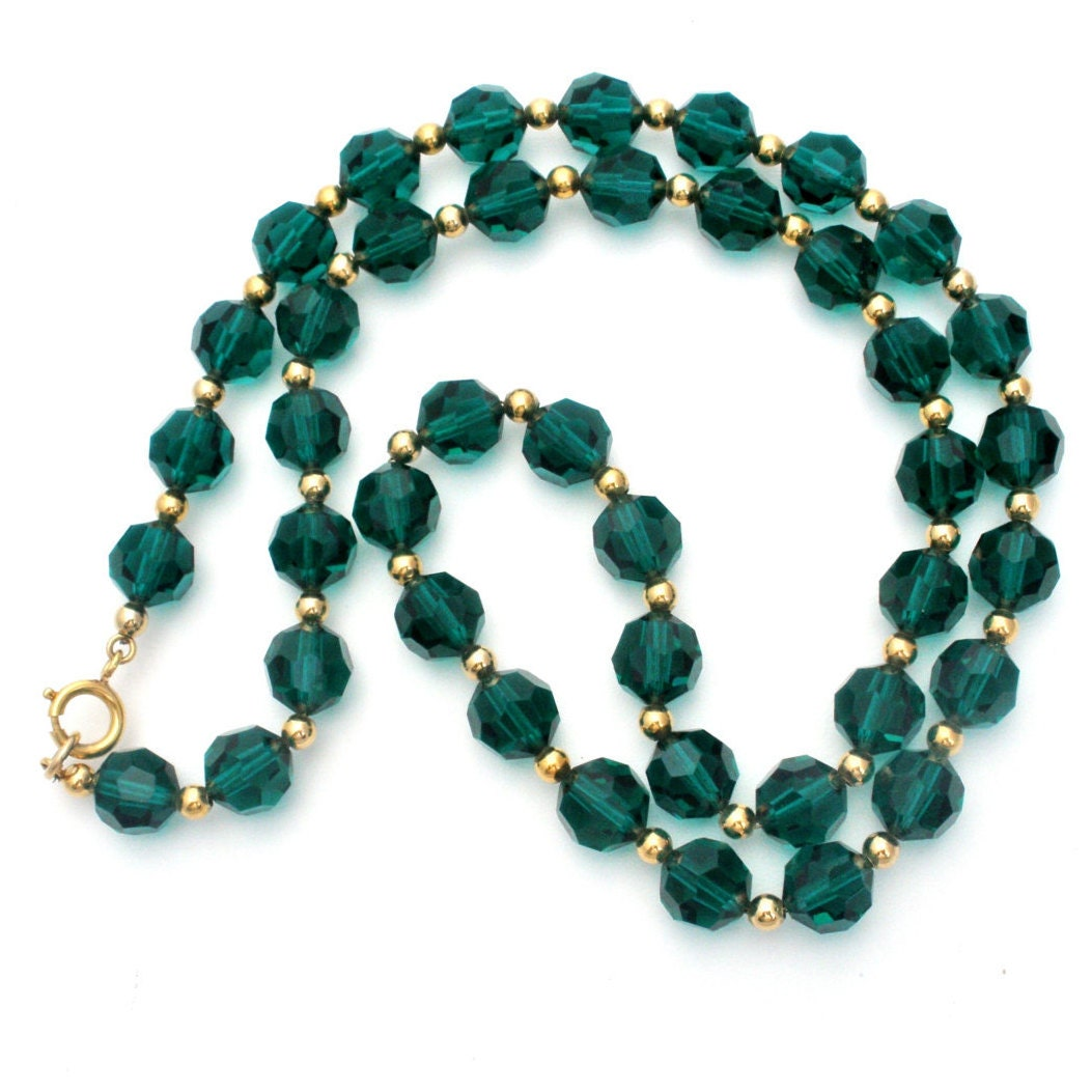 green beaded necklace vintage glass emerald bead
