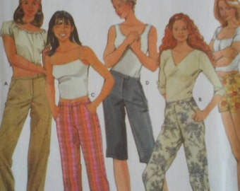 Simplicity 7196 misses pants and shorts sewing pattern
