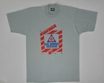 1989 T Shirt Vancouver Triathlon gray tee Soft Thin screen stars M USA Mid Summer WA washington state runner finisher sports hipster