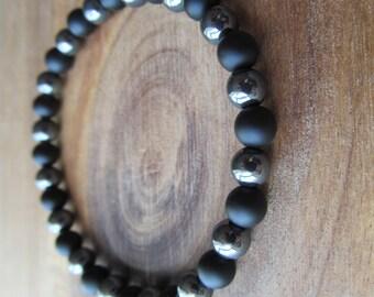 Matte Black Onyx and Hematite Bracelet, Stacking Bracelet, Men's Bracelet, Mala Bracelet, Layering Bracelet, Beaded Bracelet, Gift for Men