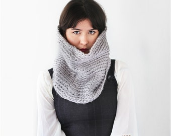 Chunky Crochet Cowl - Scarf Cowl - Loop Scarf - Circle Infinity Scarf in Grey | The Sarin Cowl |