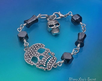 Halloween Skull Bracelet, Hematite Stone Bracelet, Black Halloween Bracelet, Skull Bracelet, Black Bracelet, Halloween Jewelry