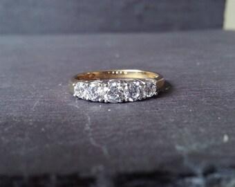 1 Carat Diamond Engagement Ring in 18k Yellow Gold